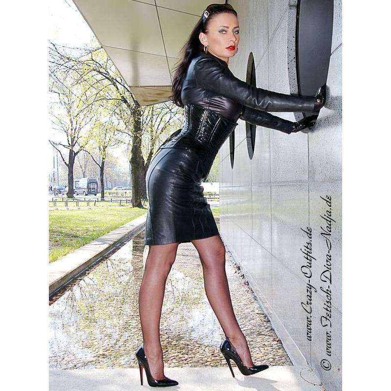 image Leder mistress gibt german joi femdom worship leather