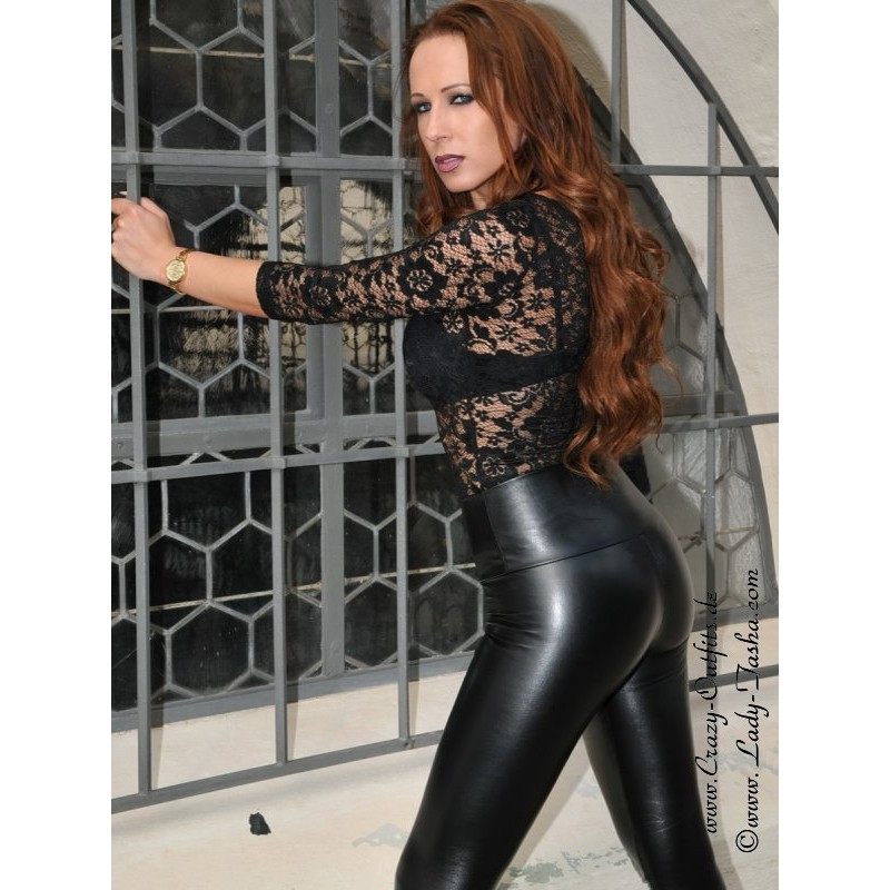 Geile Frau In Leggings